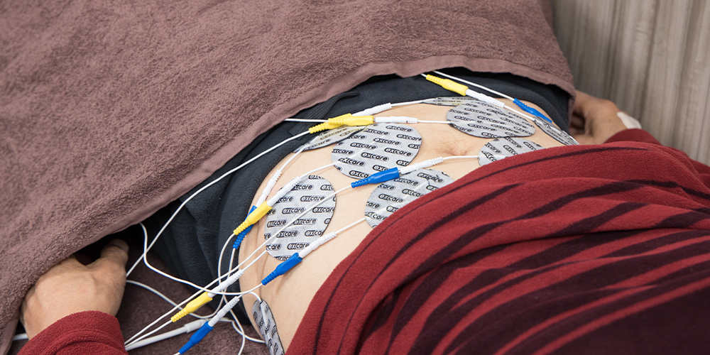 EMS 大腰筋と腹横筋へのパット配置